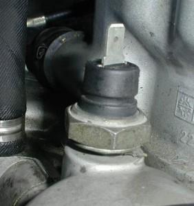 oil pressure sensor, P0522