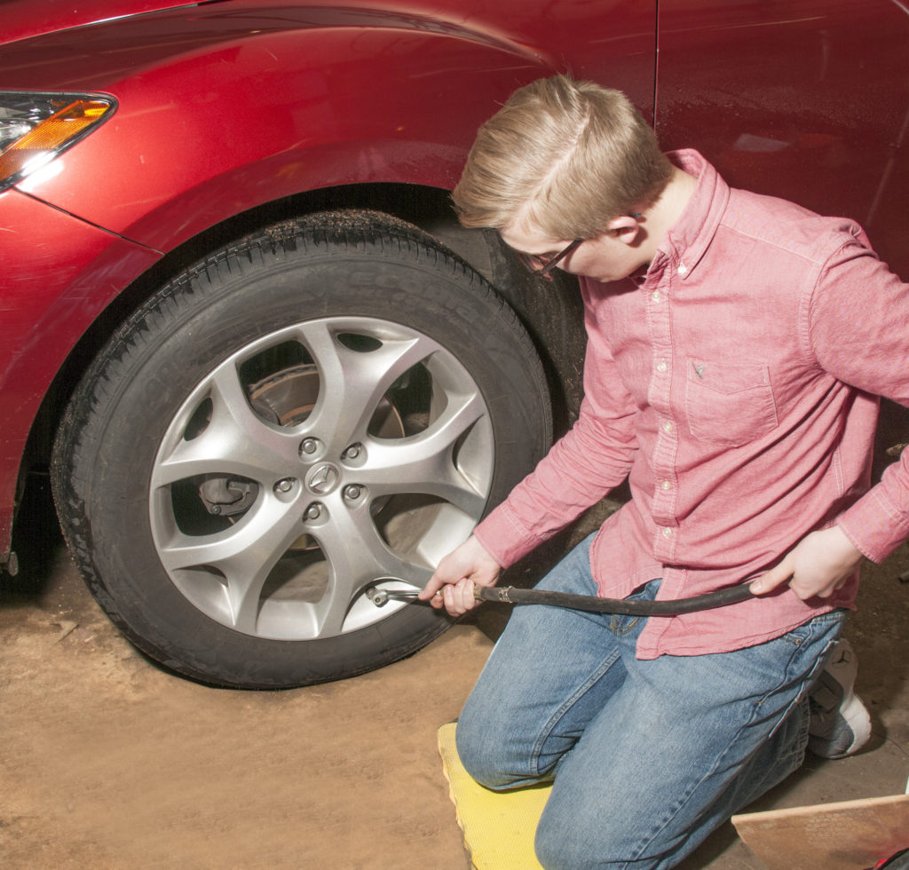 filling tire with air