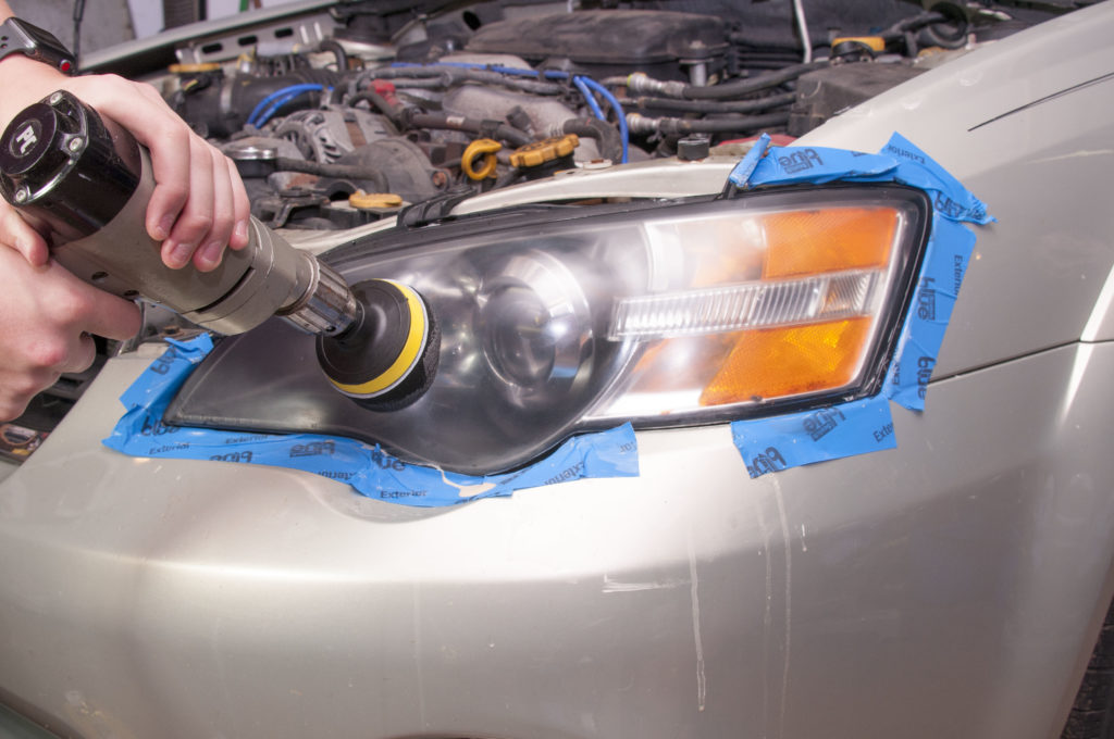 Polish headlight with drill and foam pad
