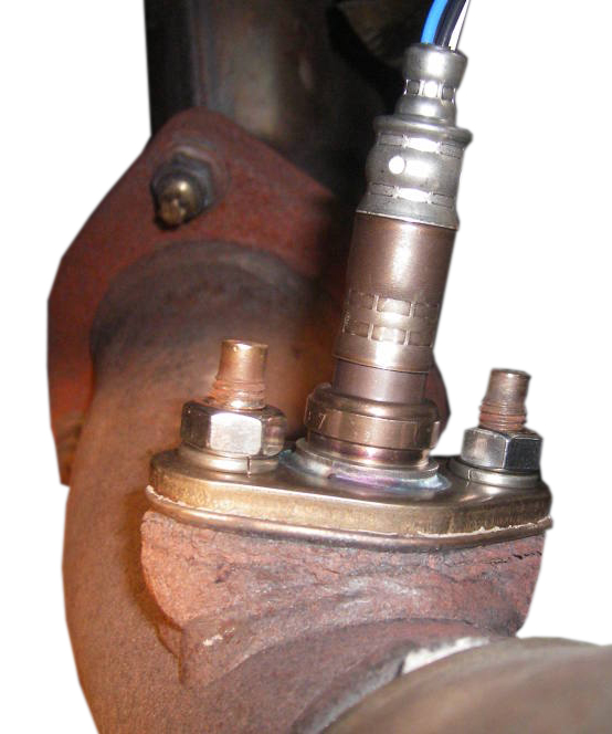 Flange mount oxygen sensor