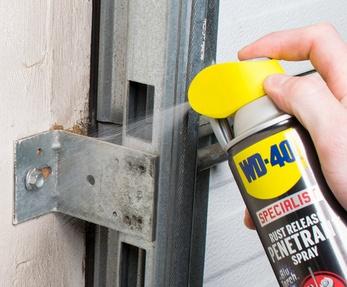 spray with rust penetrant