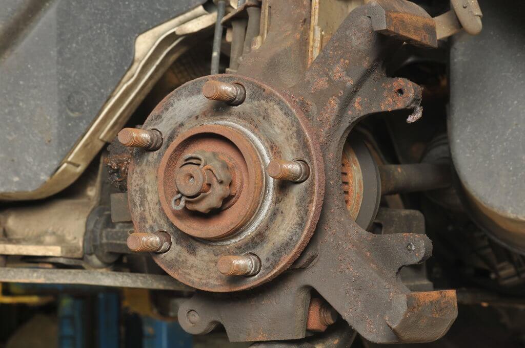 corroded wheel hub causes brake pedal pulsation